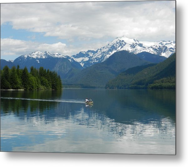 Canoe On Baker Lake Metal Print