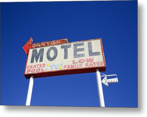 Canyon Motel Sign Metal Print