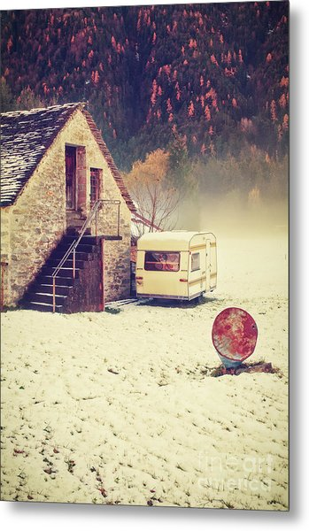 Caravan In The Snow With House And Wood Metal Print
