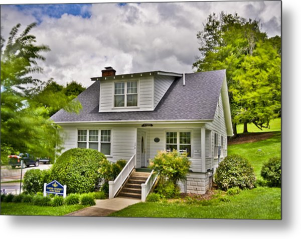 Carter Humphrey Guest House Mars Hill College Metal Print by Ryan Phillips