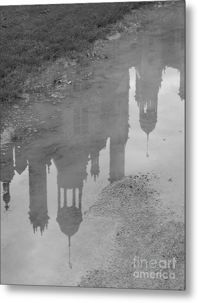 Chateau Chambord Reflection Metal Print