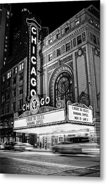 Chicago Theatre Marquee Sign At Night Black And White Metal Print