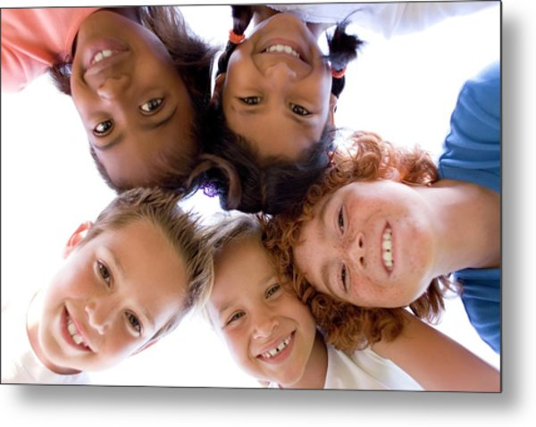 Childhood Friends Metal Print by Ian Hooton/science Photo Library
