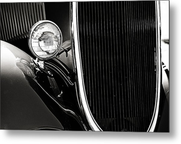 Classic Car Grille Black And White Metal Print