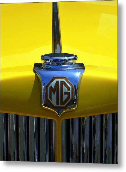 Metal Print featuring the photograph Classic Mg Grill Yellow by Jeff Lowe