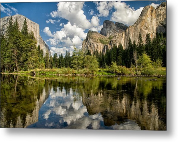Classic Valley View Metal Print