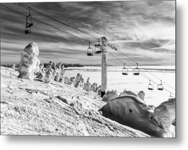 Cloud Lift Metal Print