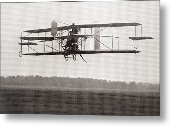 Codys Biplane In The Air In 1909 Metal Print