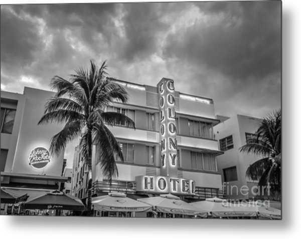Colony And Johnny Rockets Art Deco District Sobe Miami - Black And White Metal Print