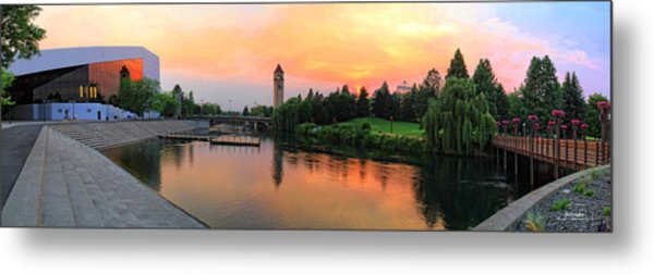 Color In The Park Metal Print by Dan Quam