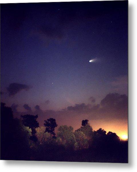 Comet Hale-bopp. Lake Cypress. Metal Print