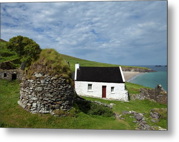 Cottage And Deserted Cottages On Great Metal Print