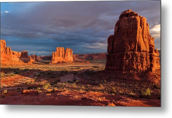Courthouse Towers View At Sunrise Metal Print by Karma Boyer