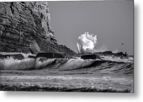 Crashing Waves At Cabrillo By Denise Dube Metal Print