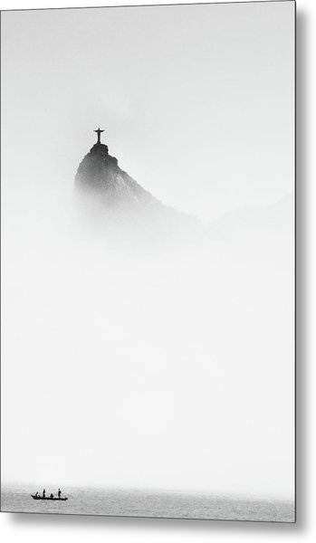 Cristo In The Mist Metal Print