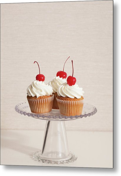 Cupcakes Metal Print by Photograph By Eric Isaac