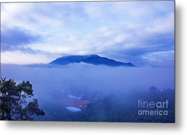 Dai Binh Mountain Dew Spread Metal Print