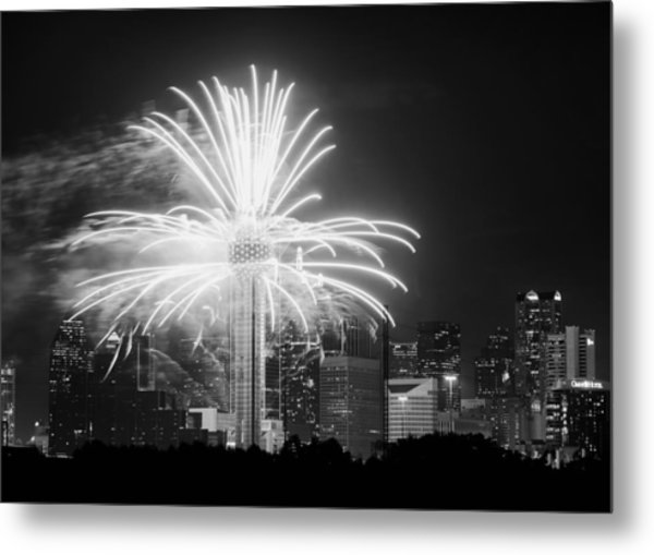 Dallas Reunion Tower Fireworks Bw 2014 Metal Print