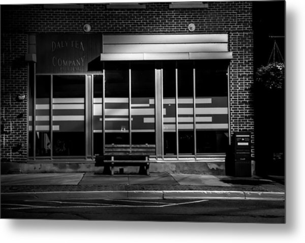 Daly Tea Company At Night Metal Print