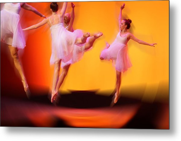 Dancing On Air Metal Print by Thomas Fouch