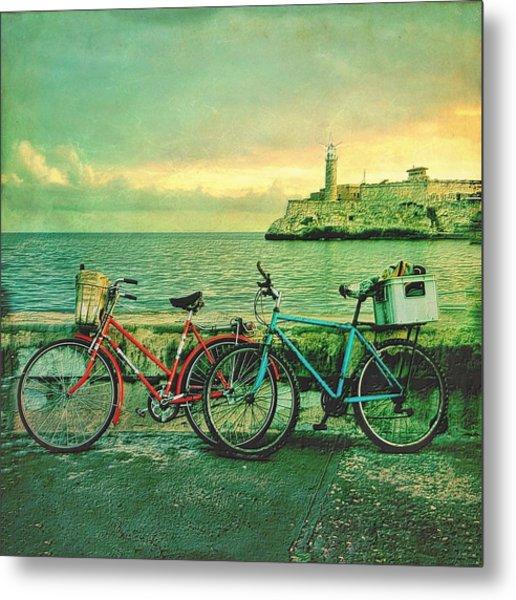 Dawn On The Havana Waterfront Metal Print