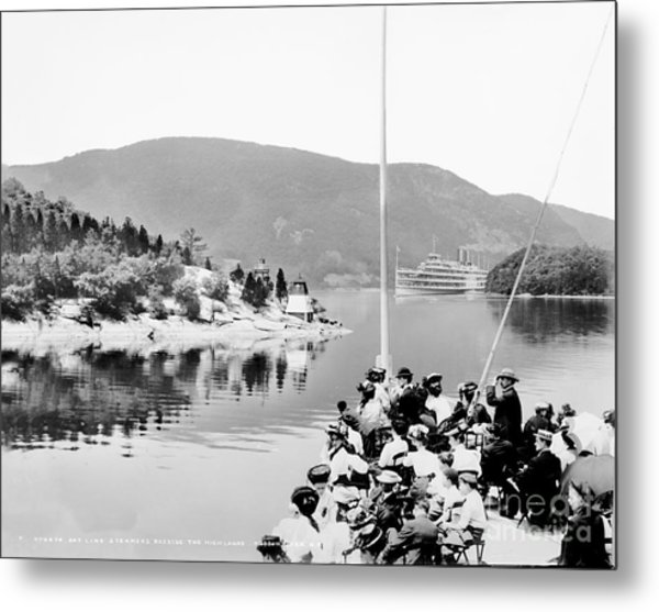 Dayliner At The Narrows In Black And White Metal Print