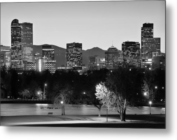 Denver Colorado Skyline In Black And White Metal Print