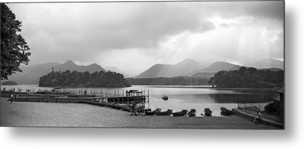 Derwent Water In The Lake District Of England Metal Print by David Murphy