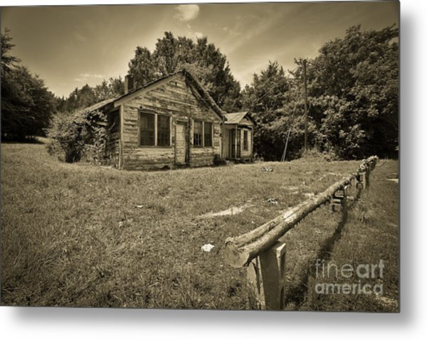 Deserted House Metal Print by Mina Isaac