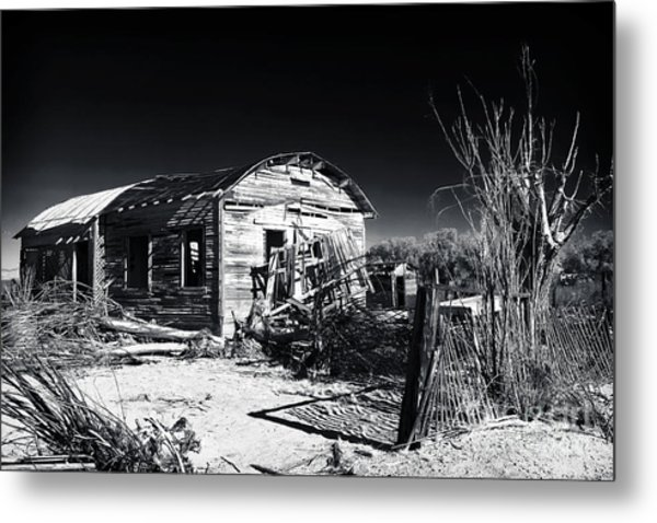 Deserted In The Desert  Metal Print by John Rizzuto