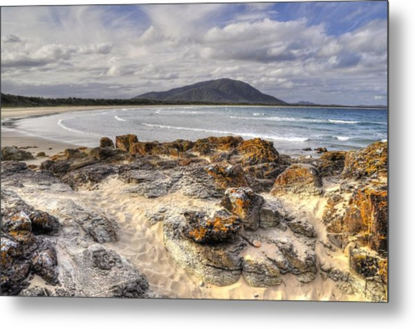 Deserted Shore Metal Print by Terry Everson