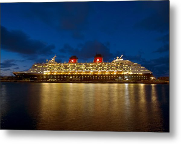 Docked In The Bahamas  C6j5497 Metal Print