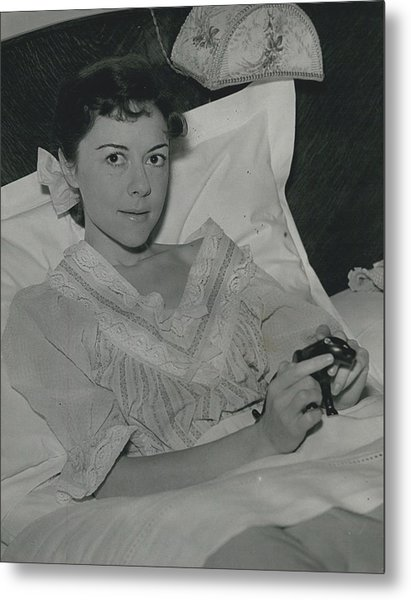 Dorothy Tutin Recovers Prom Her Illness Metal Print by Retro Images Archive