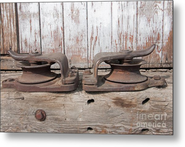 Double Pully Metal Print