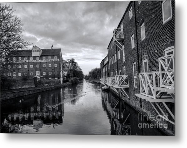 Driffield Refurbished Canal Basin Metal Print
