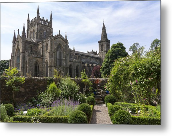 Dunfermline Abbey From The Abbot House Metal Print