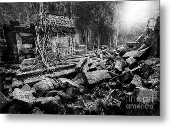 Metal Print featuring the photograph Dusk At Beng Mealea by Julian Cook