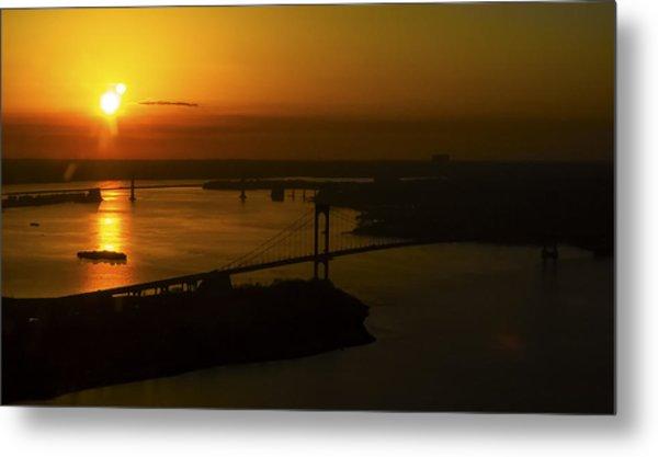 East River Sunrise Metal Print