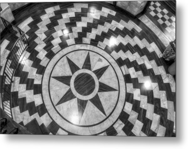 Eight Pointed Star In Black And White Metal Print