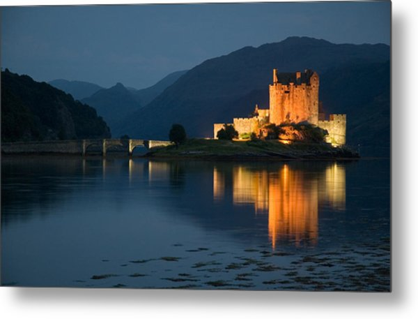 Eilean Donan Castle At Night Metal Print