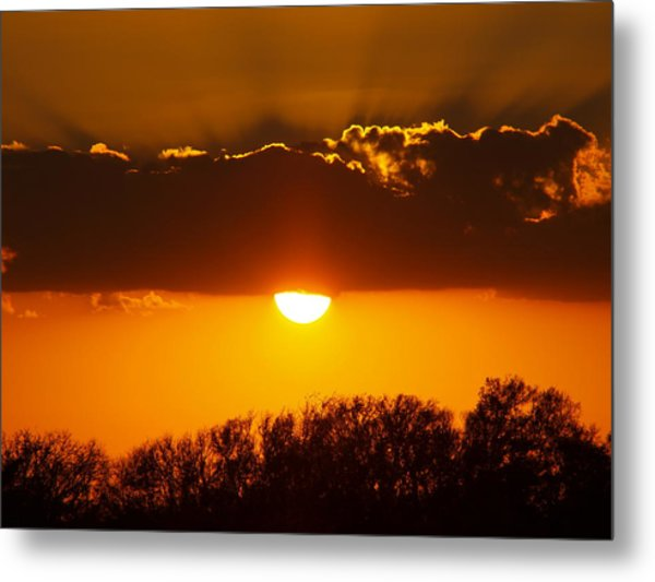 Emergence Of A Golden Sun Metal Print