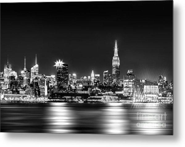 Empire State At Night - Bw Metal Print