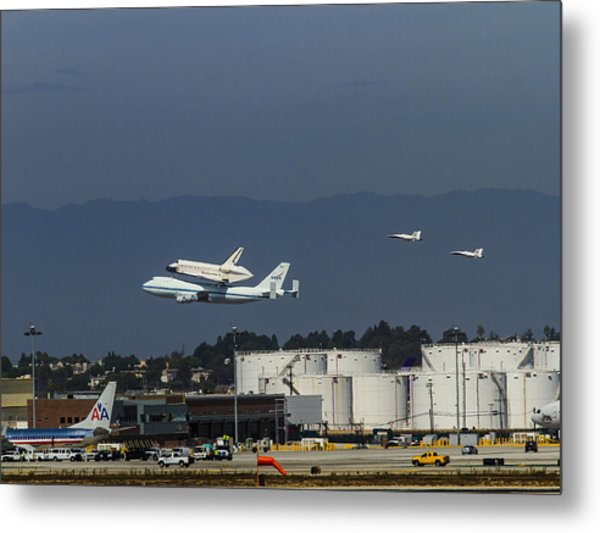 Endeavor Foies First Of Two Flyovers Over Lax Metal Print