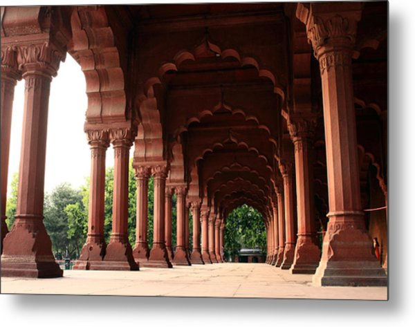 Engrailed Arches, Red Fort, New Delhi Metal Print