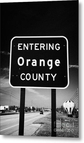 Entering Orange County On The Us 192 Highway Near Orlando Florida Usa Metal Print by Joe Fox