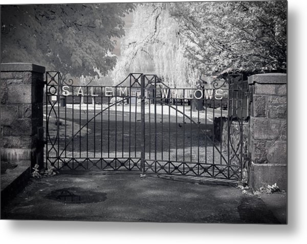 Entry To Salem Willows Metal Print