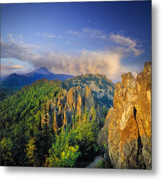 Evening Light In The Mountains Metal Print