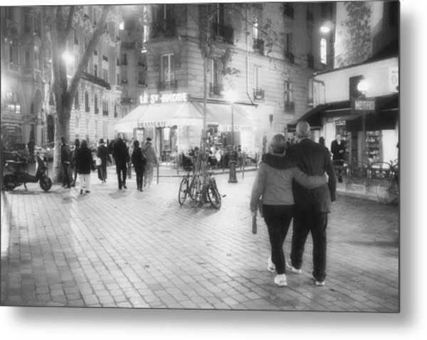 Evening Stroll In Paris Metal Print