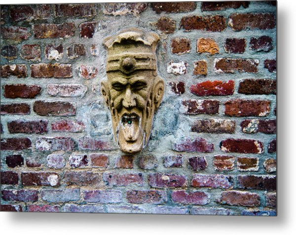 Face Fountain In Pirates Courtyard Metal Print