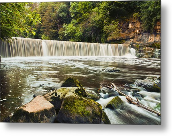 Fair A' Far Dam Metal Print